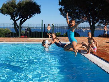 Piscine à Ste Maxime... : C'est les vacances !