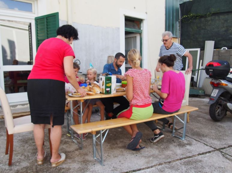Déjeuner familial avec Jozip à Zadar