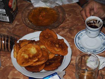 Café turc et beignets au miel: le top !