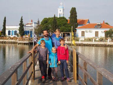 Visite d'un monastère orthodoxe sur des îlots magnifiques