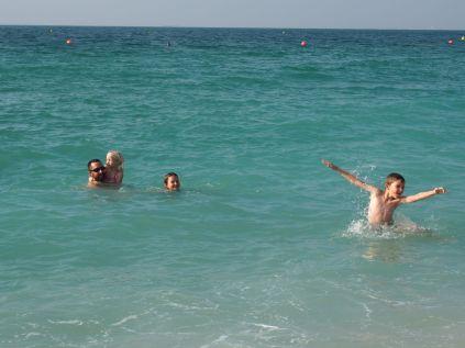 La mer (chaude) : le bonheur familial