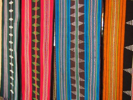 Superbes couleurs des tissus Katu