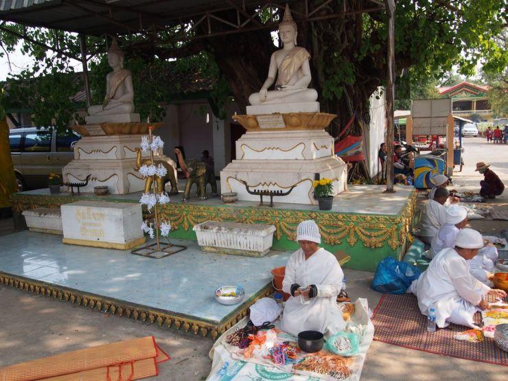 C'est la période de grandes fêtes bouddhiques au Laos