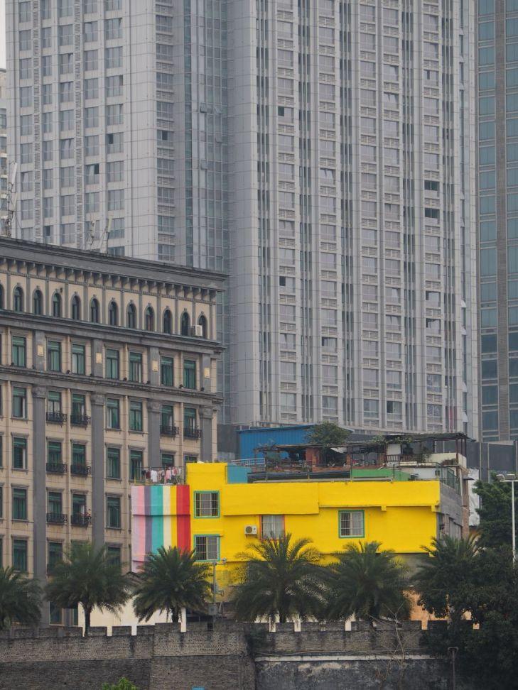 Les grandes villes sont grises ou presque