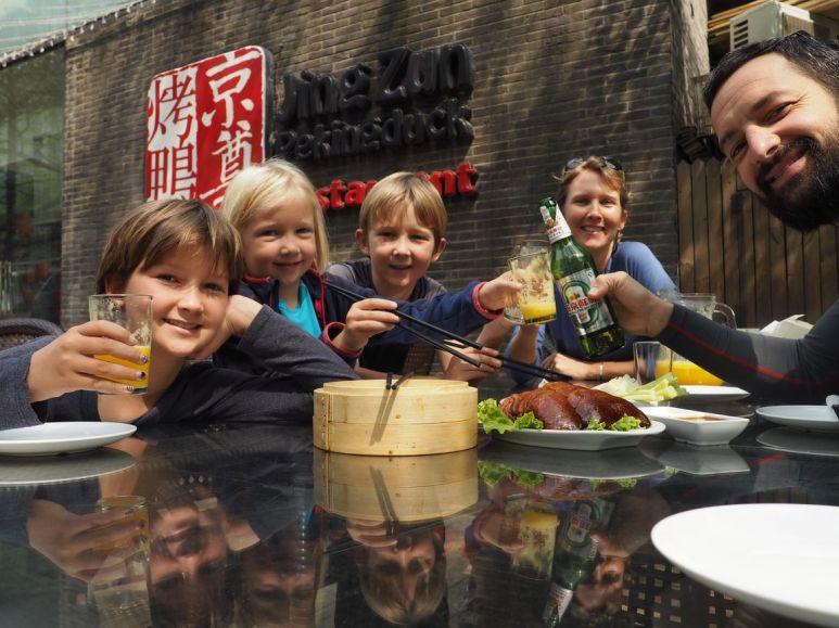 500 heures passées sur la selle, ça se fête chez le roi du canard laqué de Beijing