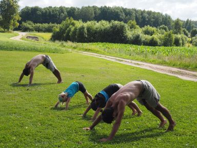 Séance yoga au petit matin