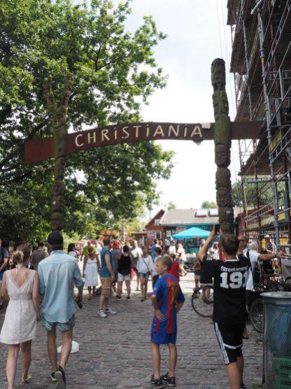 """Dans la ville dite """"libre"""" de Christiana à Copenhague,"""