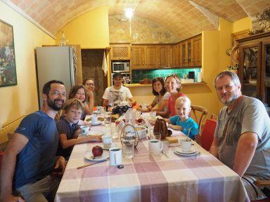 Super accueil de Steve et Macia en Espagne