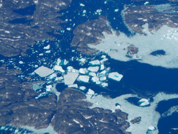 BONUS : Petit aperçu du Groenland pendant notre vol vers New-York