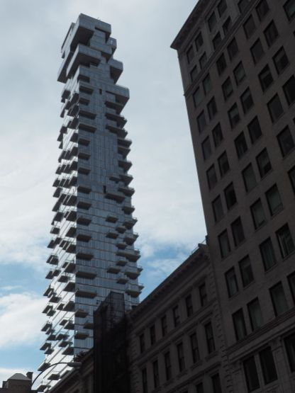 L'architecture des grattes-ciel est un vrai spectacle urbain