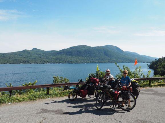Sur les rives du lac Georges