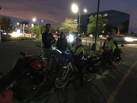 Départ à 6h pour la gare de Montréal accompagné au le début par David et Agathe