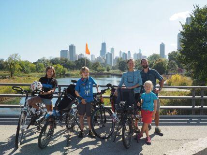 Les Cham à vélo à Chicago