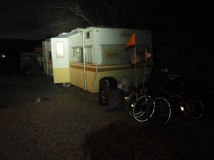 Ce soir, on nous offre une nuit en caravane
