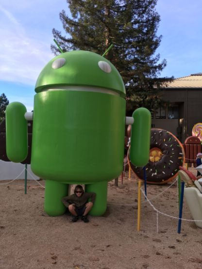 Un énorme Android