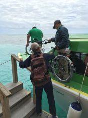 Ici le bateau est plus utile que le vélo !