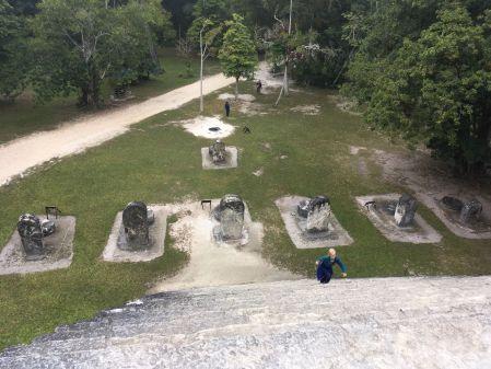 Pourquoi ces marches sont si hautes alors que les mayas sont si petits ?
