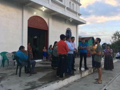 Rencontre avec les paroissiens d'El Caoba