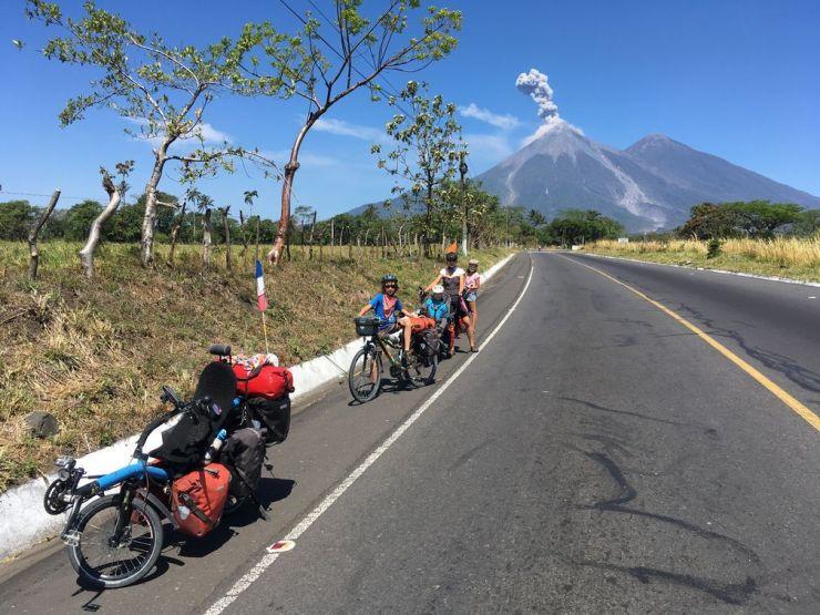Le volcan Fuego nous dit au revoir à sa façon !