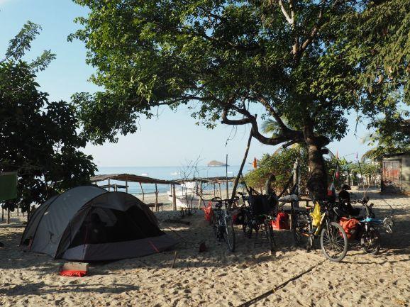 Ce soir nous plantons la tente sur la plage