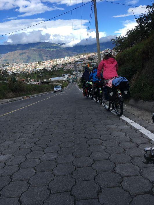 En descendant depuis Ambato