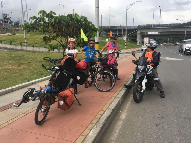 Martin, notre escorte pour entrée dans Medellin