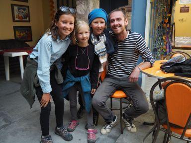 Une nouvelle fois à plusieurs semaines d'écart et dans un pays différent, nous croisons une un voyageur. Ici c'est Guillaume, croisé au Machu Picchu il y a 3 semaines et retrouvé au hasard d'une auberge.
