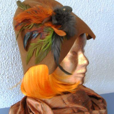 feutre-marron-plumes