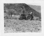 Les premiers tracteurs et matériels agricoles
