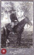 Le cavalier militaire