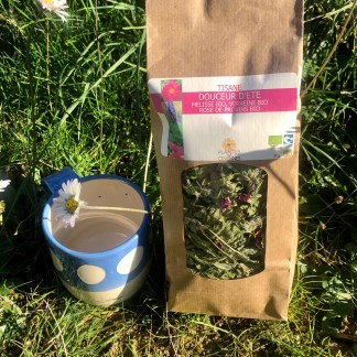 Coffret comprenant un mug lunes la manufacture du bonheur et une infusion au choix Les Chouettes Culottées