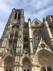 Cathédrale Saint-Etienne - extérieur jour