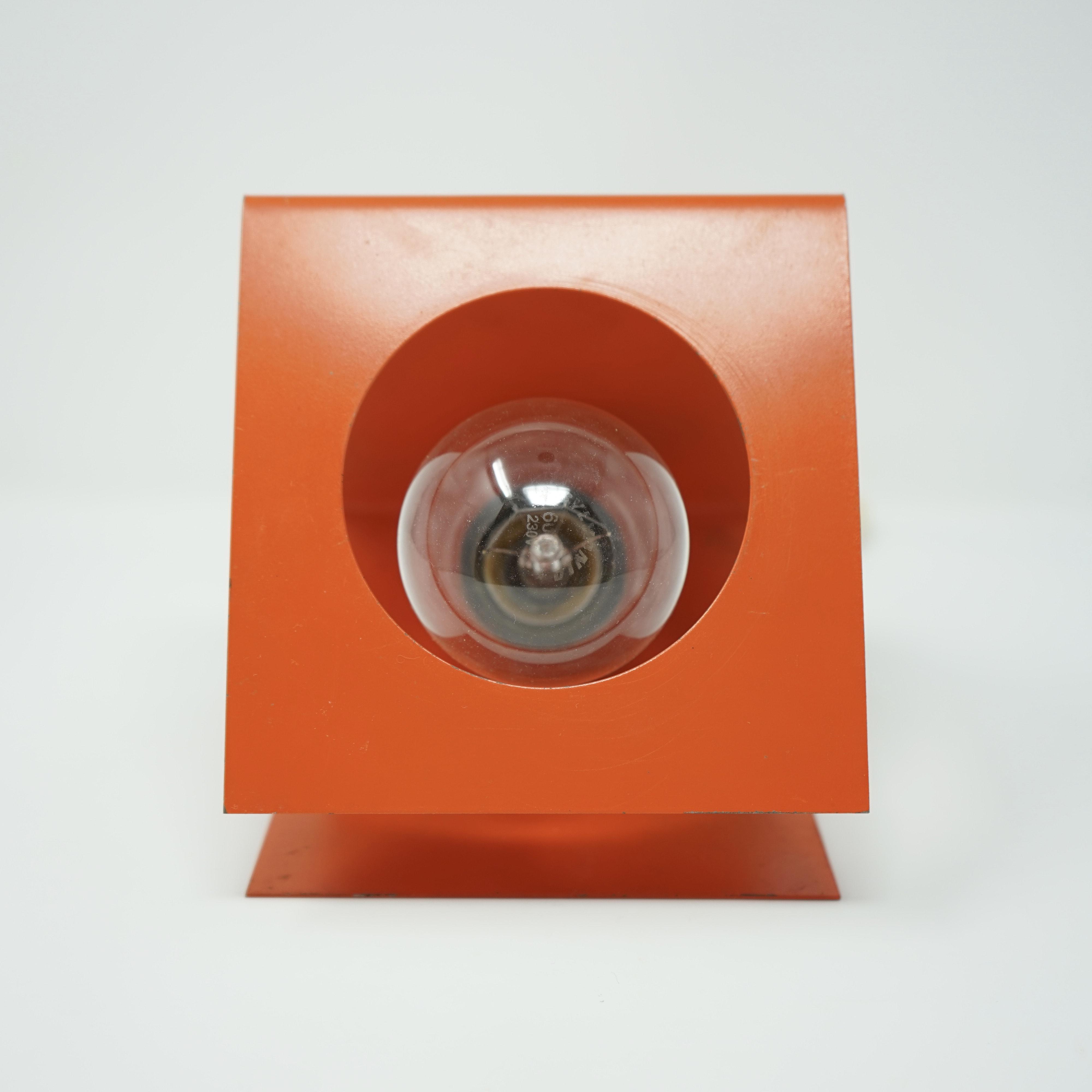 Lampe Orange en Tôle Pliée Années 70