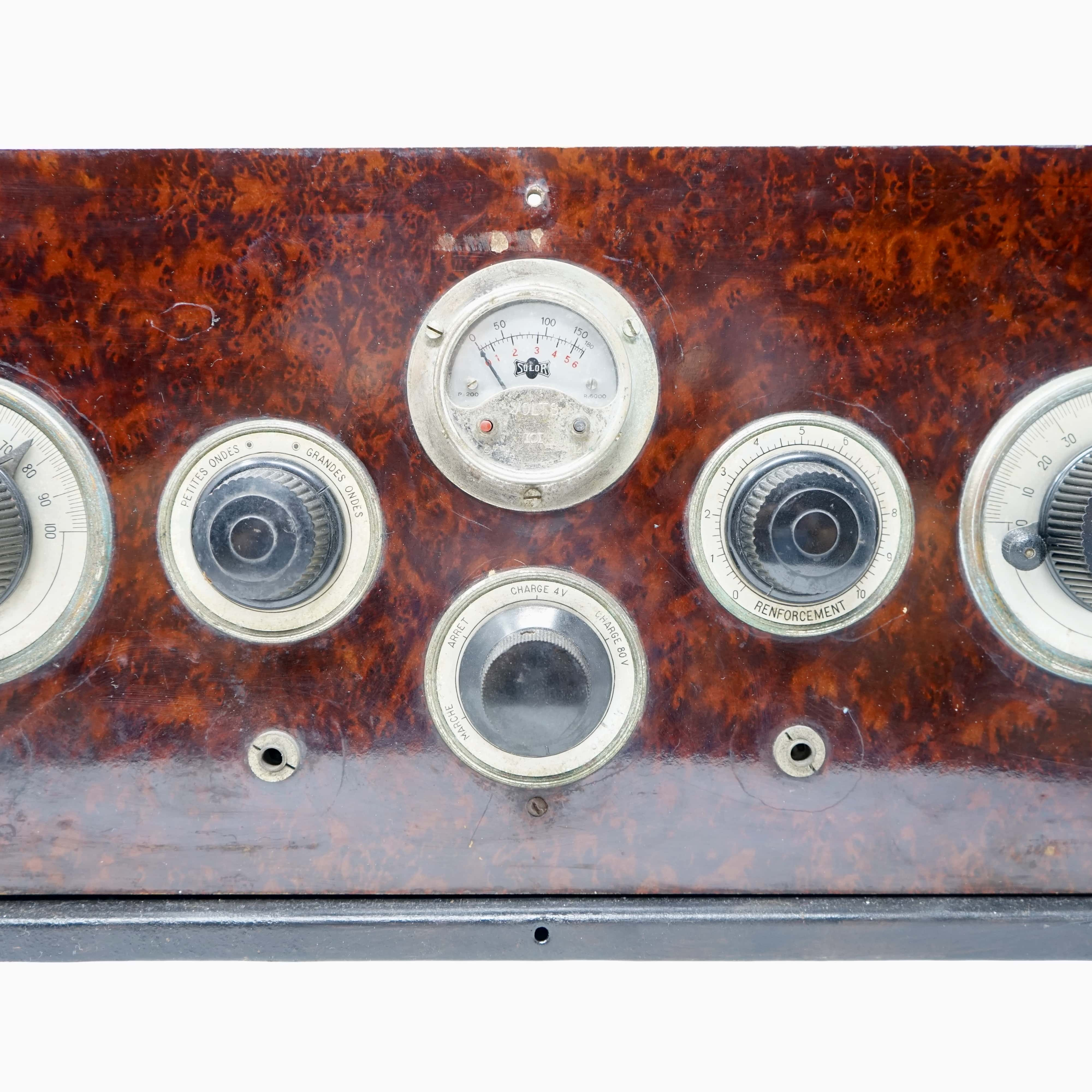Poste de Radio Ancien PAC