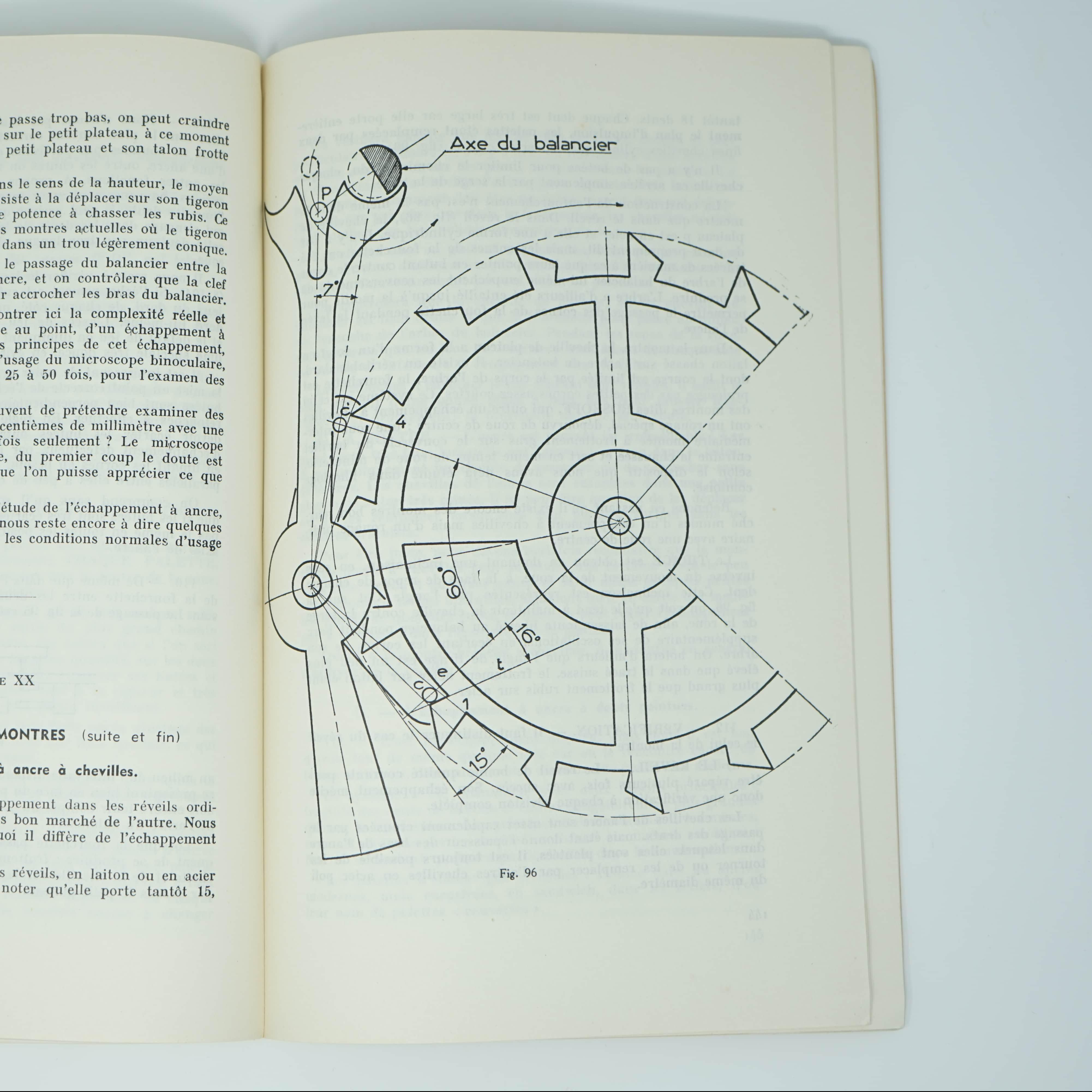 Livre Cours d'Horlogerie intérieur