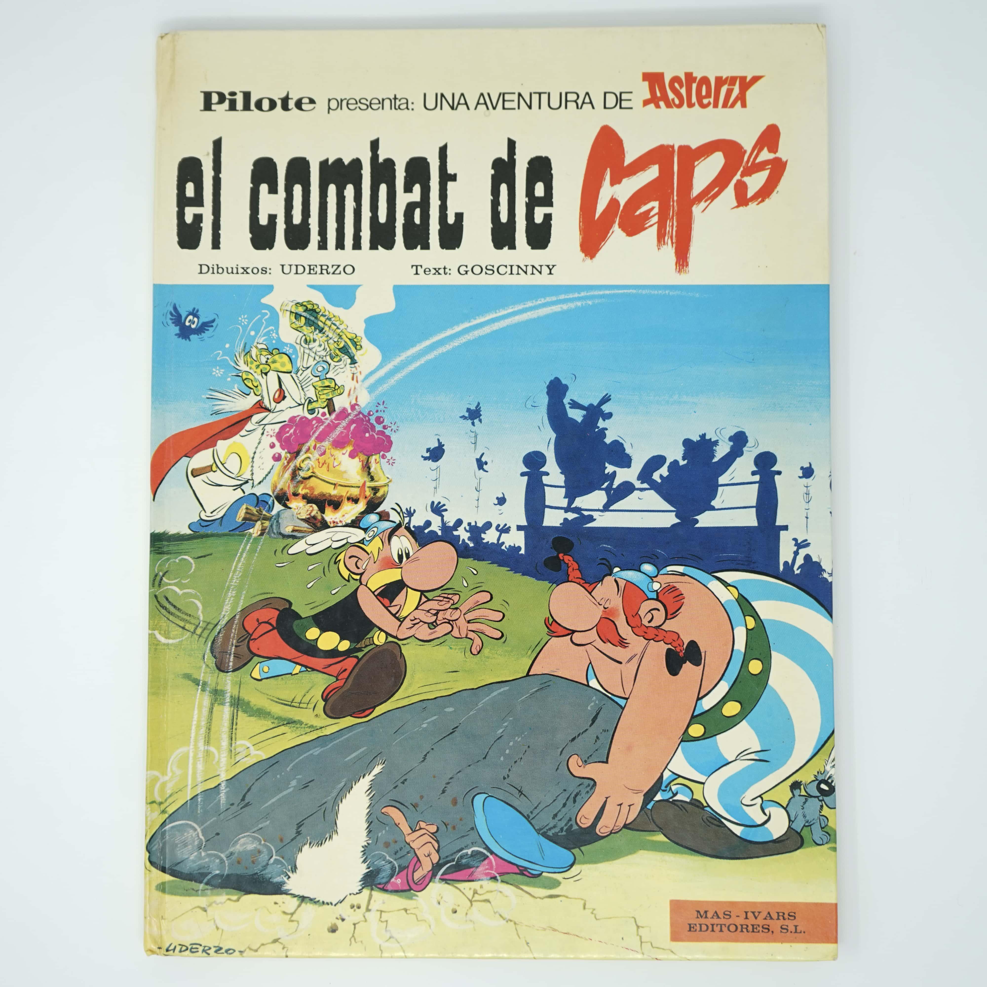 Astérix El Combat De Caps couverture