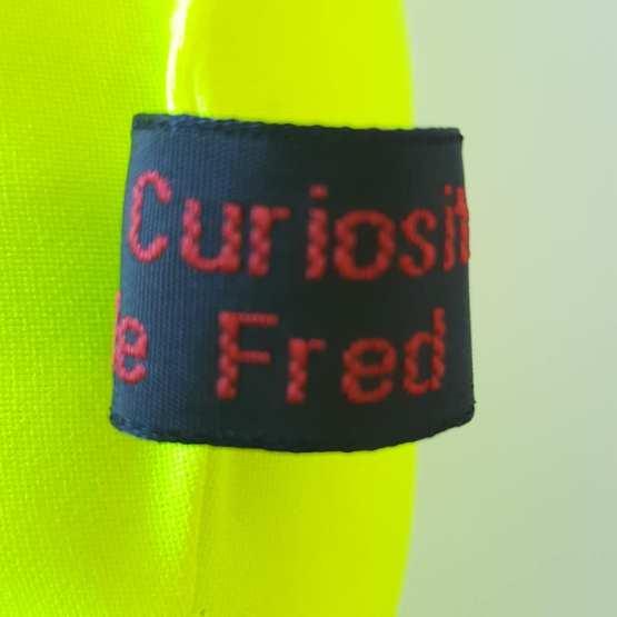 Détail étiquette, créations textiles, Fred Petit, France.