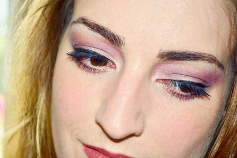 maquillage doux too faced