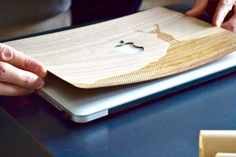 wood-stuck-coque-en-bois