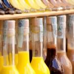 Vente d'alcool de pays aux délices de Nini : Limoncello, vin cuit, liqueur, pastis