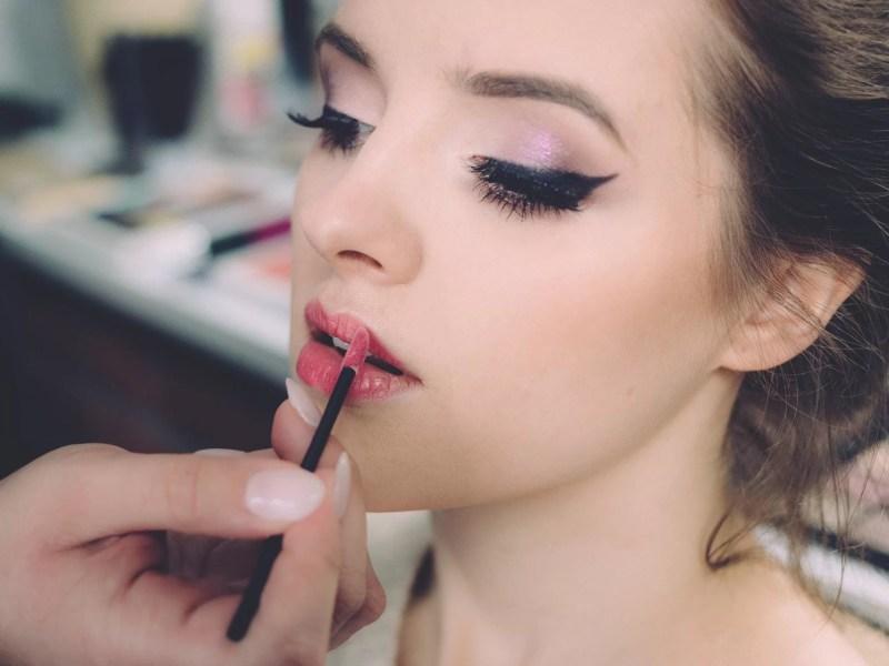 Pourquoi devrais-je suivre un cours de maquillage professionnel ?