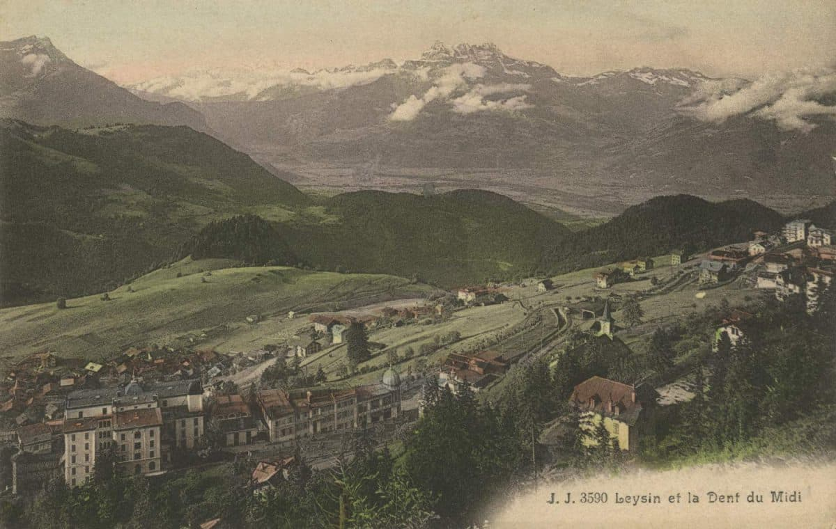 Carte postale. Leysin et la Dent du Midi