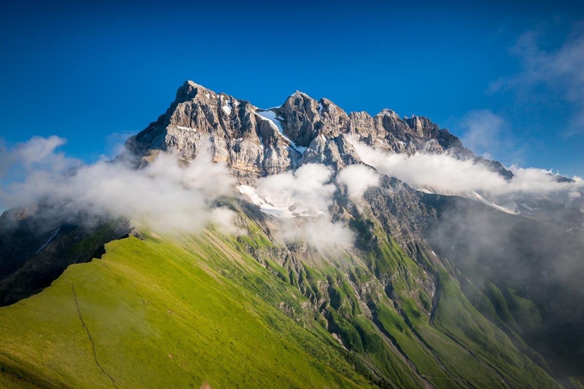 Derniers rayons de soleil sur les Dents du Midi depuis la Dent de Valère. © Fabrice Ducrest