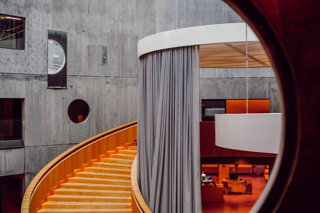 Blibliothèque Oscar Niemeyer - lesdeuxchouettes.fr