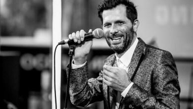 Photo de Vidéo. Hugh Coltman offre un concert intimiste à une fan
