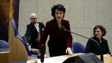 Photo de Elle est d'origine marocaine et aujourd'hui présidente du parlement néerlandais
