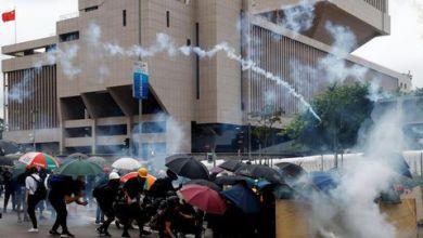 Photo de Hong Kong: Violents affrontements entre les manifestants et la police
