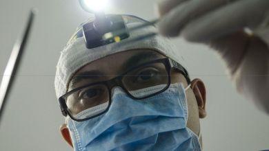 Photo de Coronavirus: les dentistes du privé baissent le régime