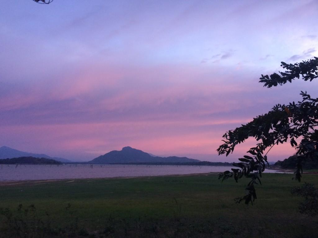 sigiriya-coucher-soleil-lac-sri-lanka