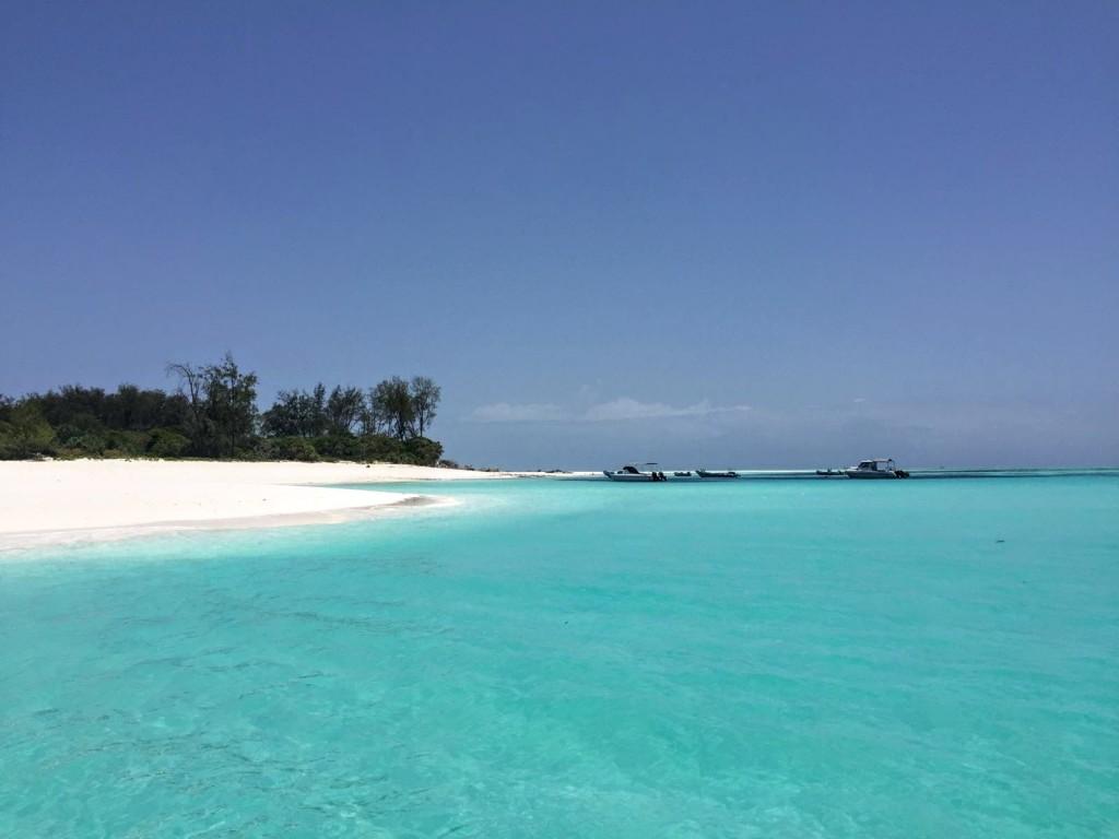 zanzibar-mnemba-island-atoll